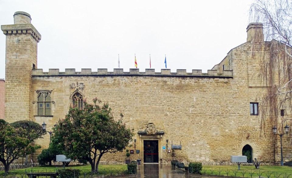 Olite Palacio Viejo hoy Parador Nacional de Turismo Navarra 01