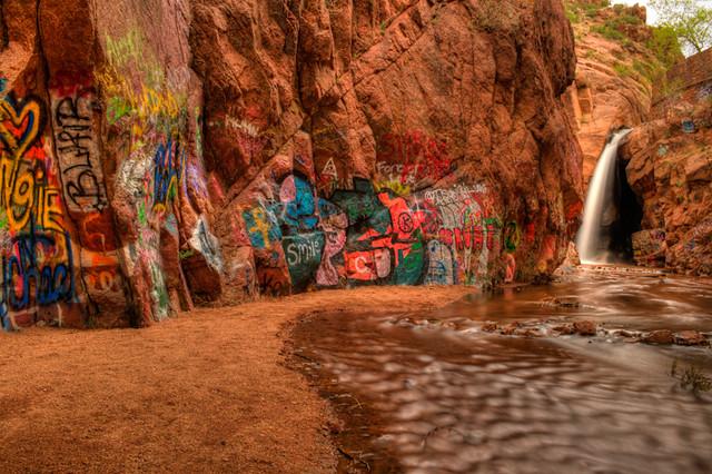 Graffiti Falls - 2