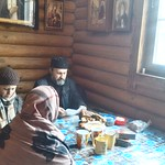 2018 03 18 Spiritual conversations with tea drinking after Sunday Liturgy. Orthodox Church. Kyiv