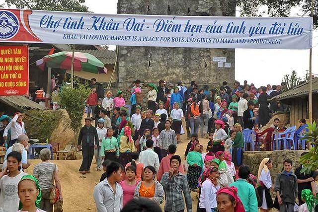 056_Dong Van to Ba Be Lakes - Love Market at Khau Vai.jpg