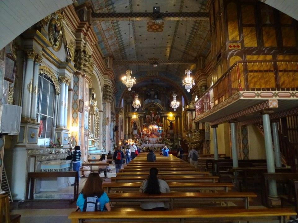 Iglesia El Carmen de la Asuncion o Santuario Mariano Cuenca Ecuador 03