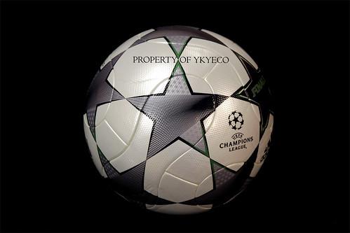 UEFA CHAMPIONS LEAGUE FINALE 8 2008 - 2009 ADIDAS MATCH BA ...