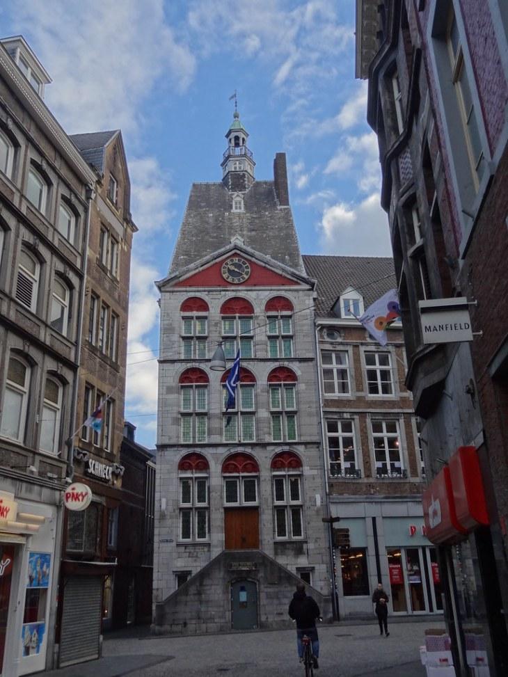 Dinghuis Maastricht (Tourist information/VVV)   Meino Mellink   Flickr