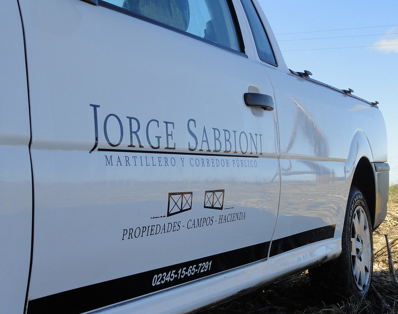 Jorge Sabbioni, Martillero y Corredor Público