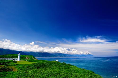 碧海藍天 | View On Black 藍藍的天,白白的雲~ | Clonedbird 克隆鳥 & Iris 艾莉絲 | Flickr