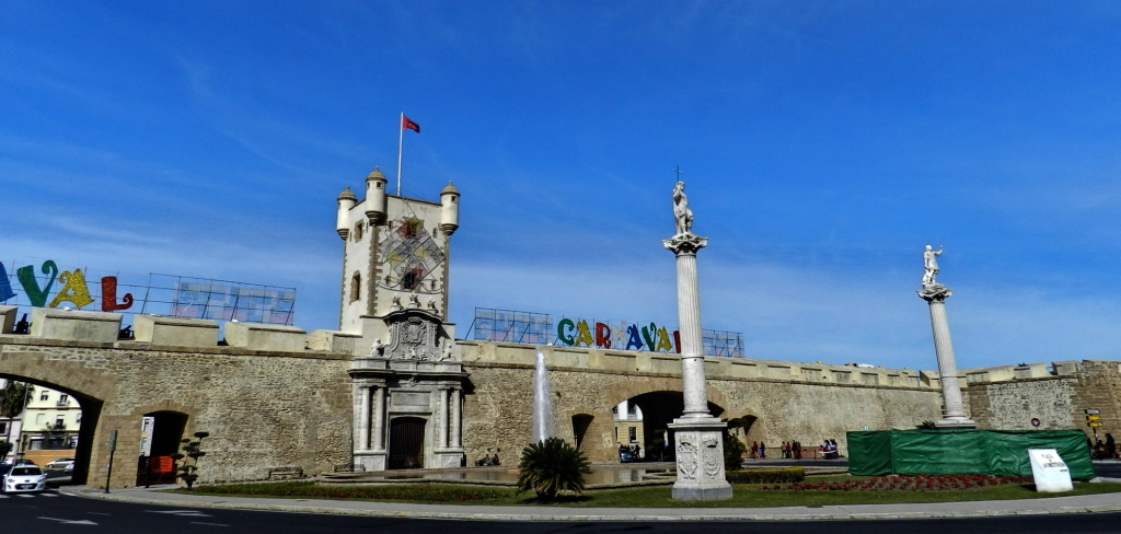 España Puerta de Tierra Cadiz 02