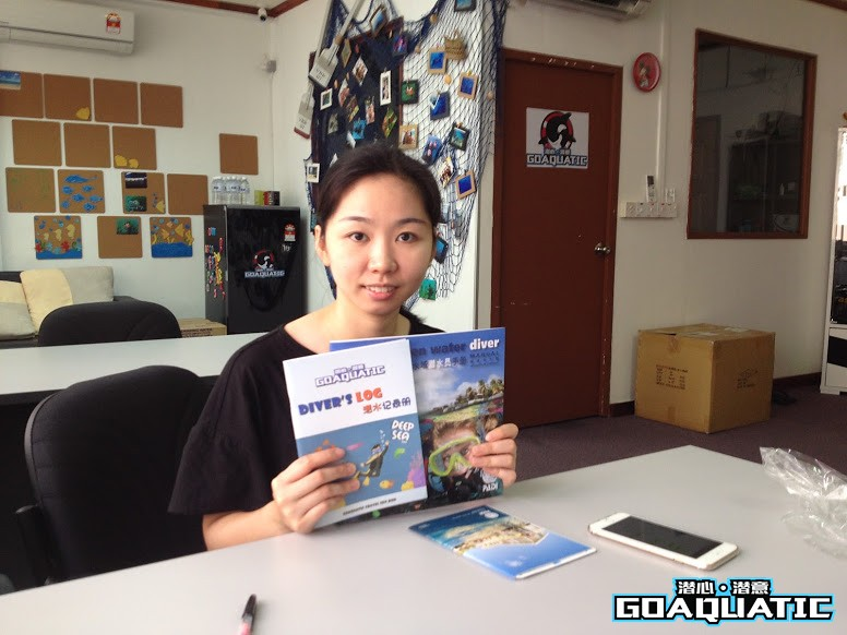 PADI Open Water Scuba Diving Course At Kota Kinabalu Theory Classroom Session