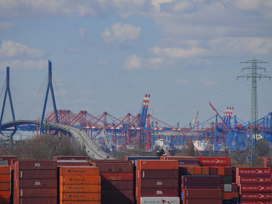 Uitzicht vanaf Energiebunker Wilhelmsburg in Hamburg | foto Andreas Meese