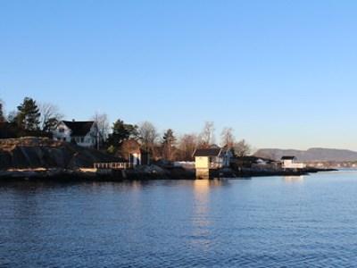 Inn Lysakerfjorden 4. desember 2013