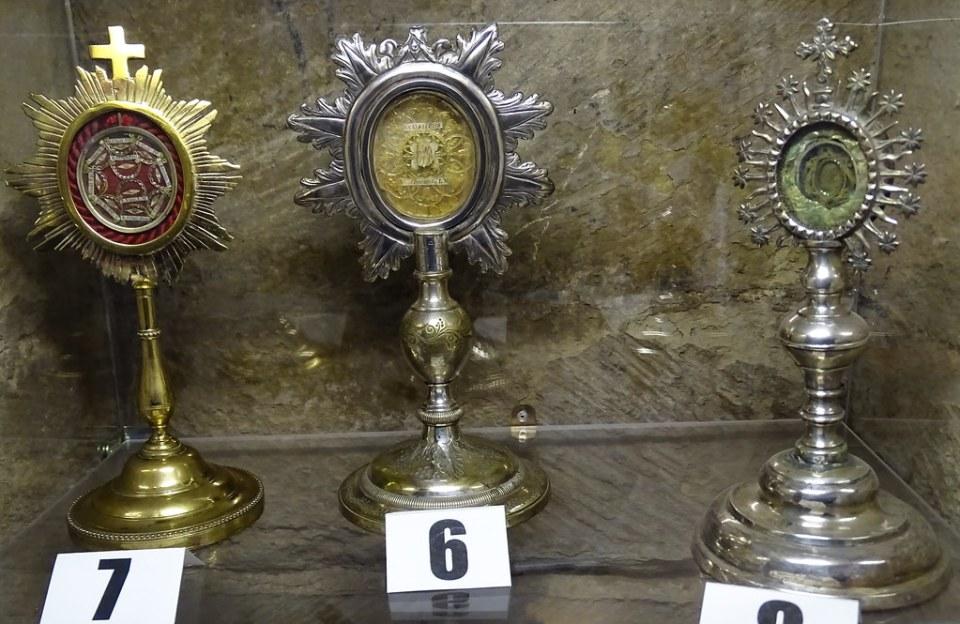 Relicarios Museo Iglesia de Santa Maria de villa de los Arcos Navarra 04