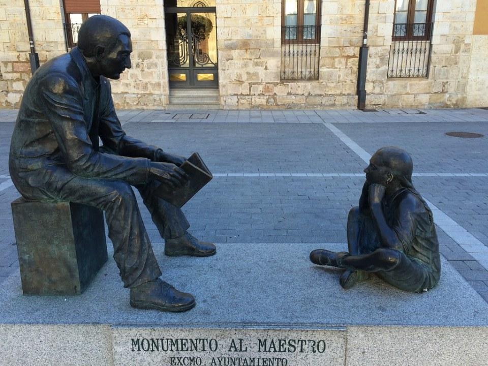 Monumento al Maestro Palencia 02