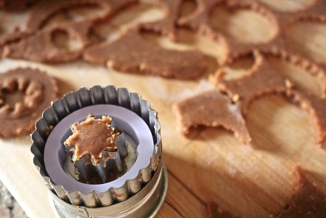 Linzer Cookies - 12