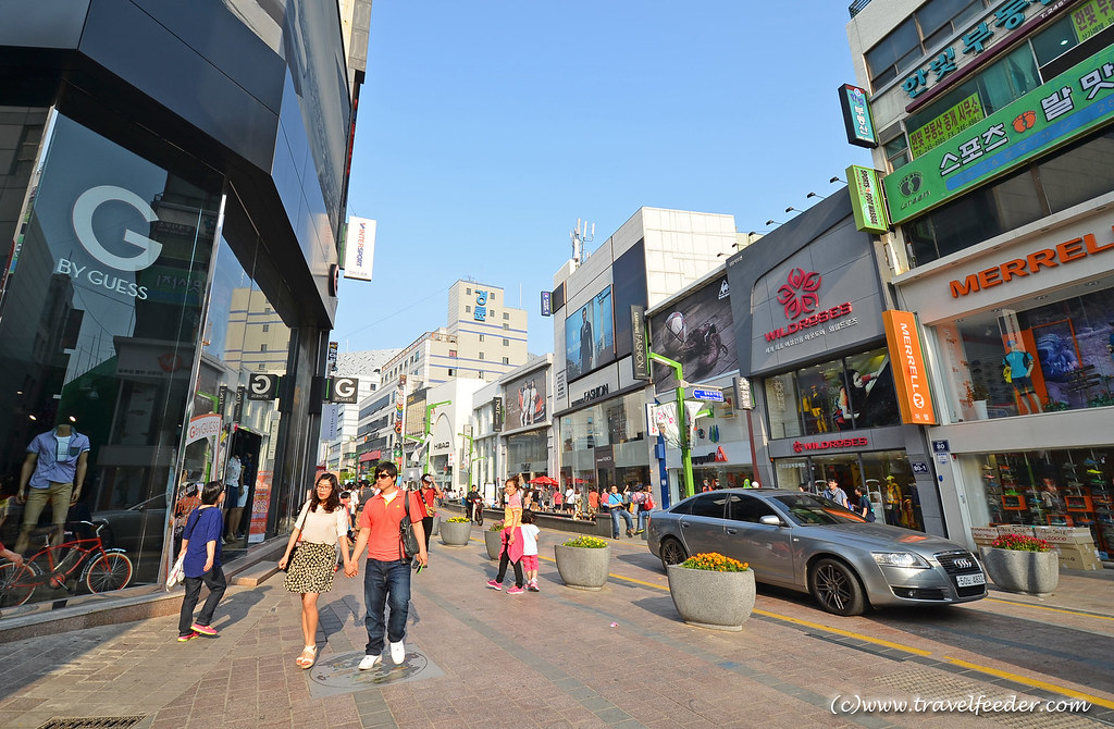 Places to visit in Busan -Gwangbok-dong-cultural-street-11
