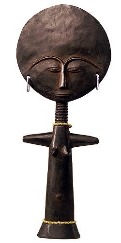Muñeca Akua'ba de la cultura Ashanti (Ghana)