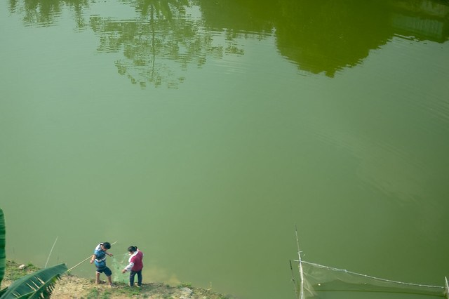Fishing in China.