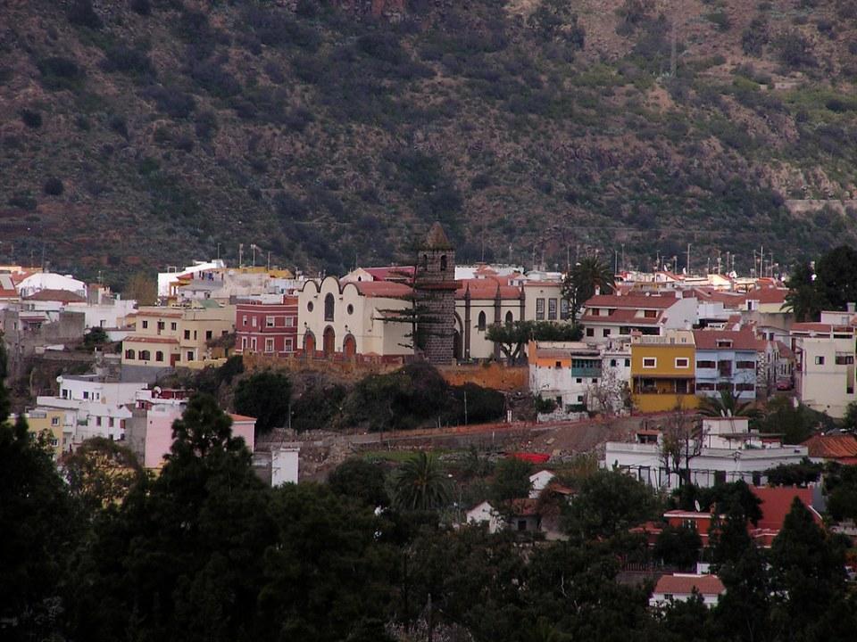 vista Iglesia de Santa Brigida isla de Gran Canaria