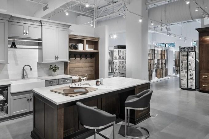 Showroom Design Studio Aco