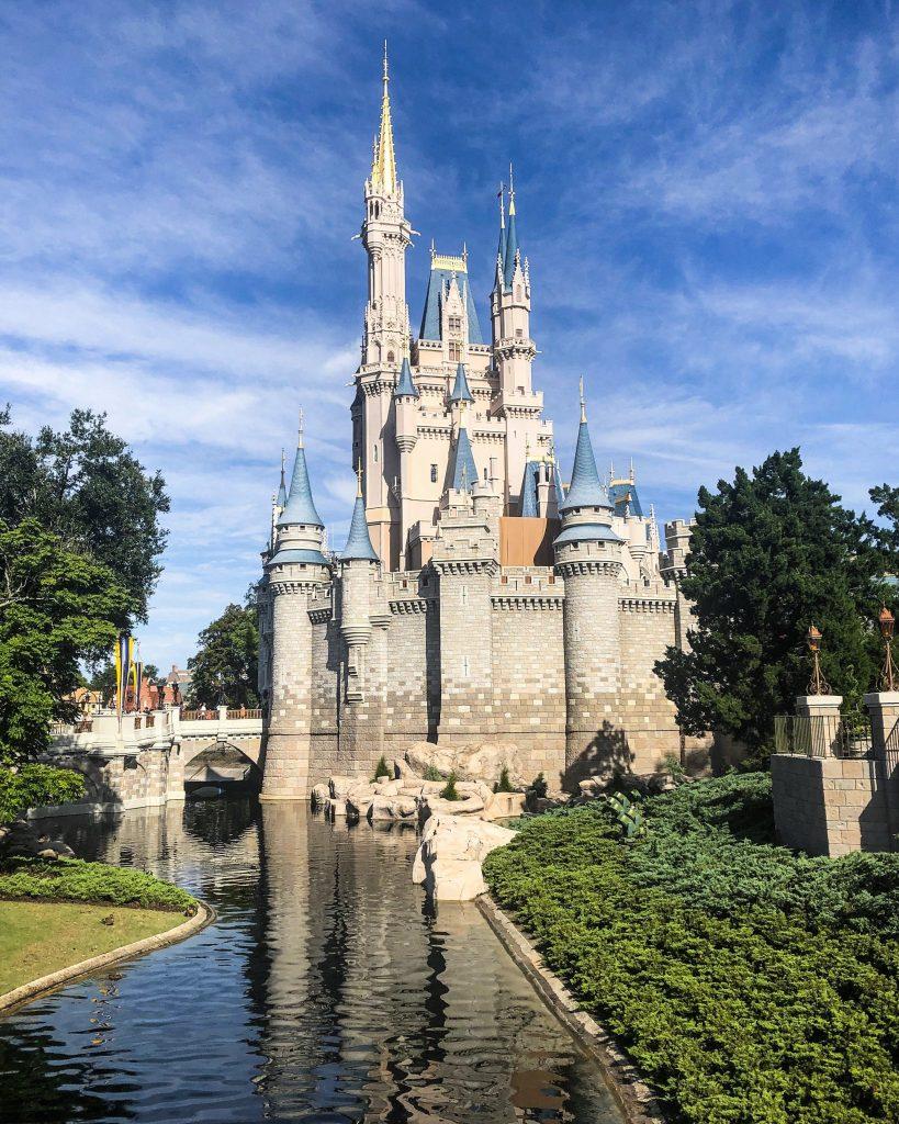 disney fastpass secrets Cinderella's Castle