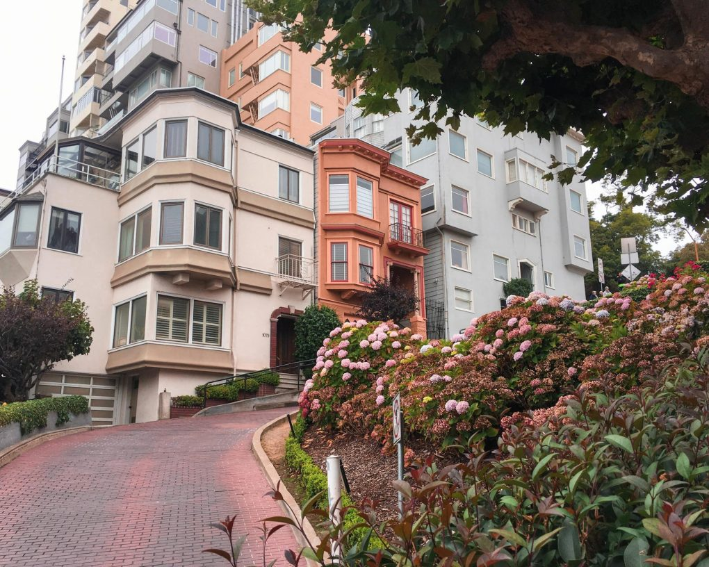 Lombard Street, San Francisco, California, USA