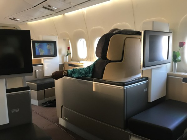 Review: Lufthansa 747-8 First Class Los Angeles to ...