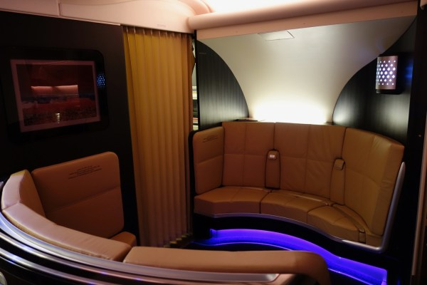 Review: Etihad A380 First Class Apartment - Live and Let's Fly