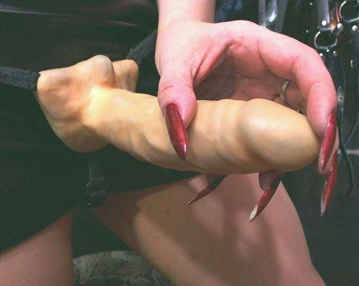 wanking dildo, long nails on dildo