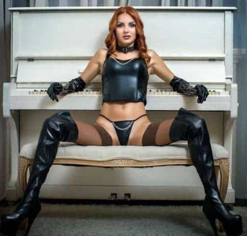Strict Mistress and her submissive slave