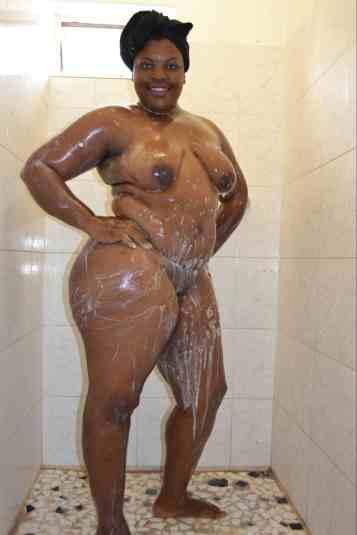 chubby naked female