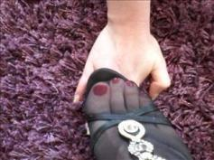 tranny feet in nylons