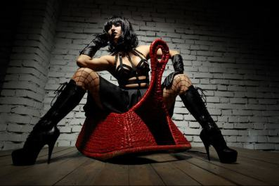 sadistic femdoms, kinky dominatrix