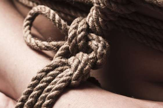 kinbaku rope bondage