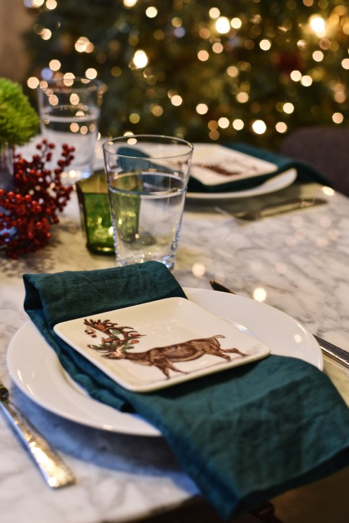 In keeping with the casual feel, a simple linen napkin and everyday glassware.