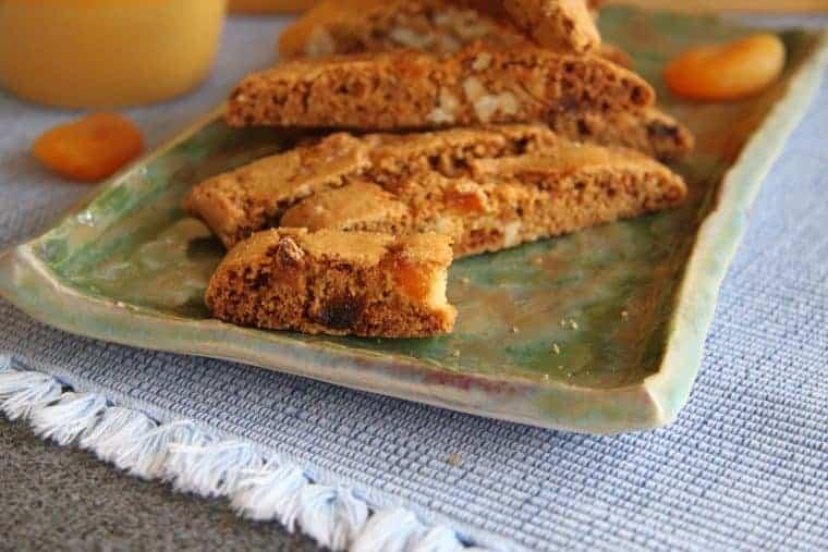 apricot biscotti