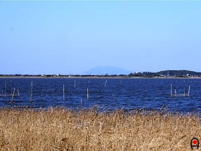印旛沼と筑波山