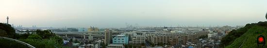 港の見える丘公園の展望台から見た横浜港の写真