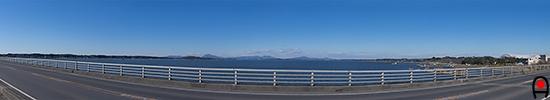 霞ヶ浦大橋から霞ヶ浦北側の眺め