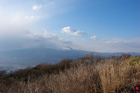 三国峠から富士山の写真