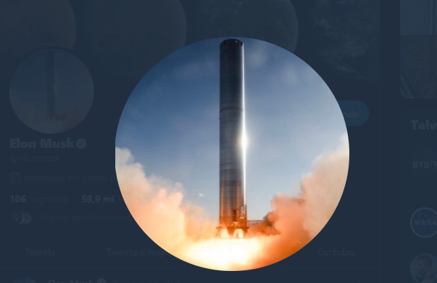 Elon Musk's new profile photo is from a SpaceX rocket