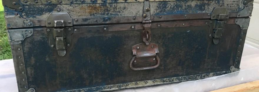 army trunk 1946