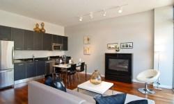 75 Desain Interior Ruang Keluarga Menyatu Dengan Dapur Terbaru