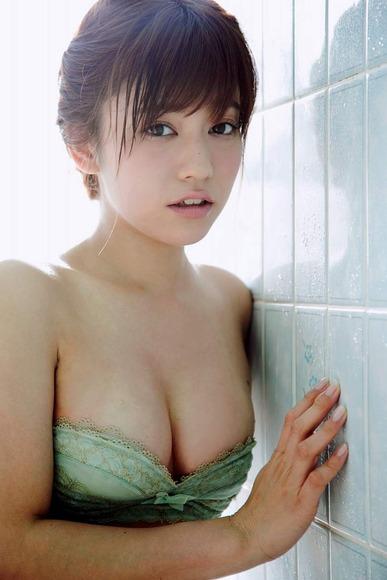 20160814大澤玲美のグラビア画像018