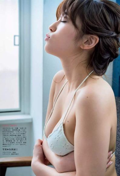 20160814大澤玲美のグラビア画像004