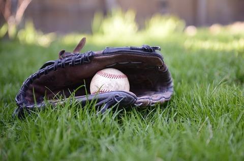 baseball-4182179_640