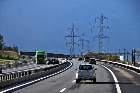highway-3726615_640