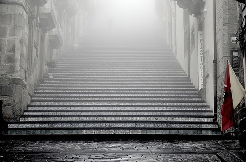 stairs-336509_640