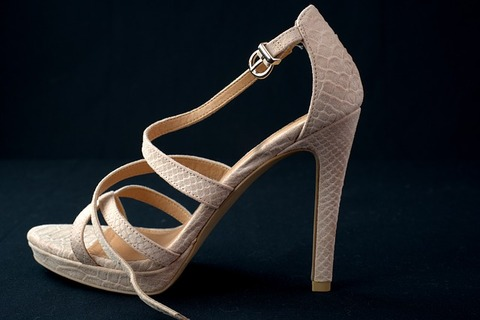 shoe-4016645_640