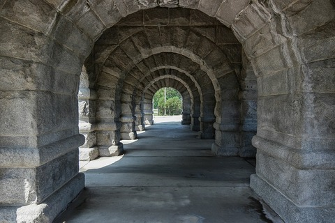 arches-3877282_640