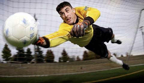 soccer-673599__340