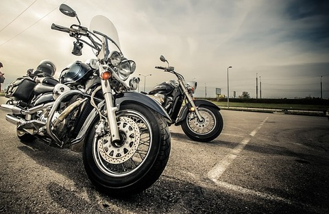 motorcycle-2197863_640 (1)