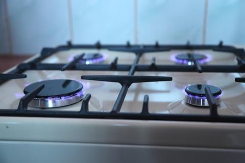 gas-stove-2728100_640